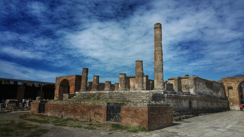 Химики раскрыли загадку отравленной воды в легендарных Помпеях