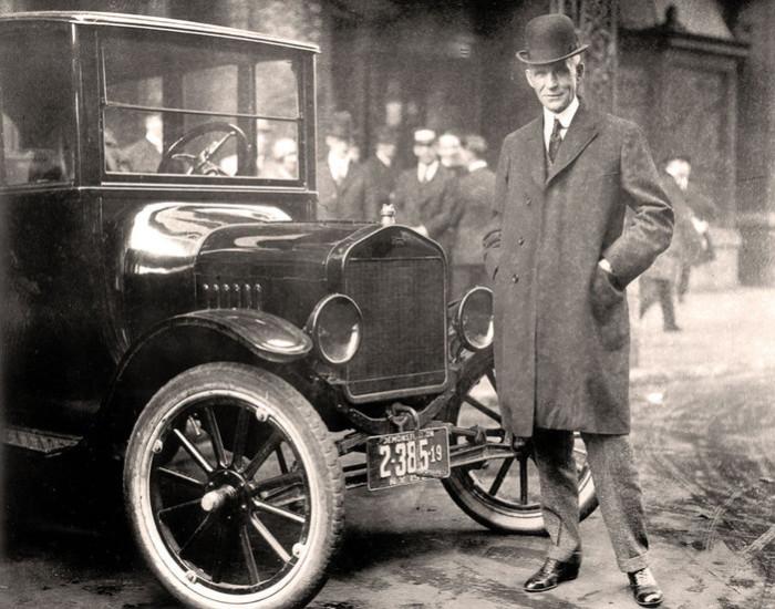 Генри Форд - заокеанский соратник Фюрера.