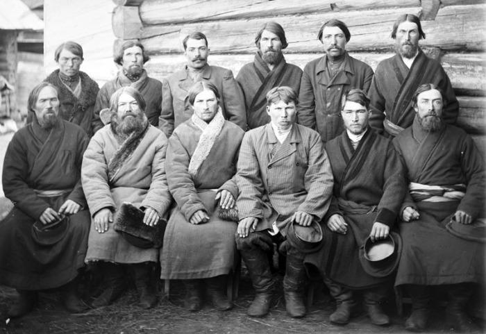 Среди мужчин широко практиковались гадания./Фото: zoozel.ru